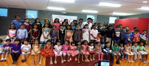 Magician Gopinath Muthukad visiting Pulari Kids Wing!!!!...